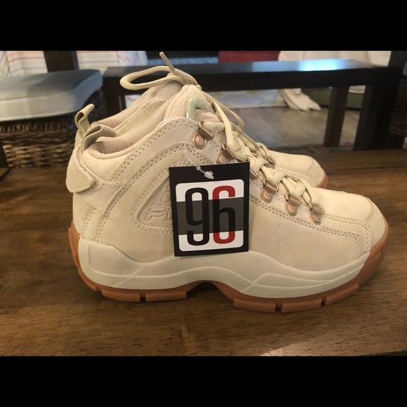 Fila 96 Quilted Retro Shoes Beige